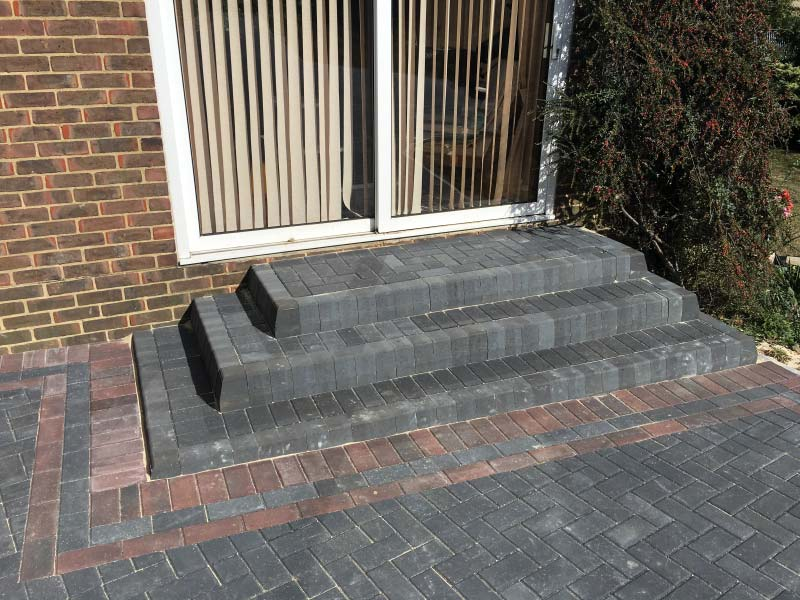 Experts In Drainage Systems For Your Driveways In Rainham
